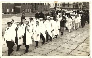 1 Mai 1935, Prüß führt Friseursparte