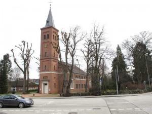 Quickborn - Ev.-luth. Kirche, Kieler Straße, 2013 (Foto: Jörg Penning)