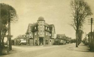 Quickborn - Warenhaus Kobus, Kieler Straße / Bahnhofstraße, ca. 1920er Jahre (Foto: Rudolph Schildt)