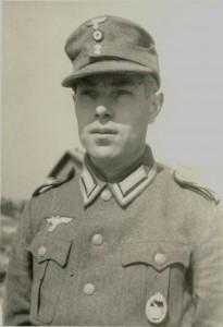 Martin O. Wachtel auf Helgoland, April 1944  (Bes. A. Friederichs)