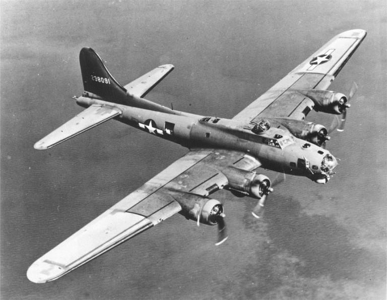 B-17 Flying Fortress im Einsatz (gemein/WIKIMEDIA)
